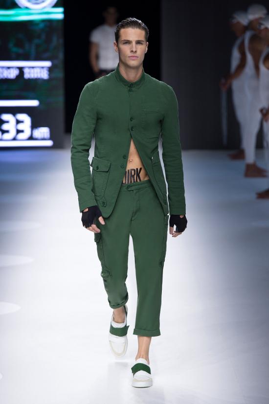 Dirk Bikkembergs Sport Couture Summer 2015_21