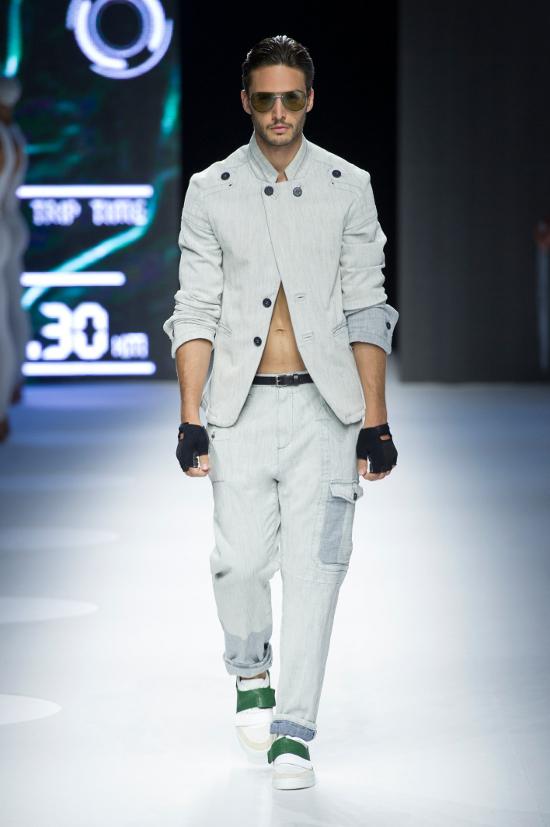 Dirk Bikkembergs Sport Couture Summer 2015_27