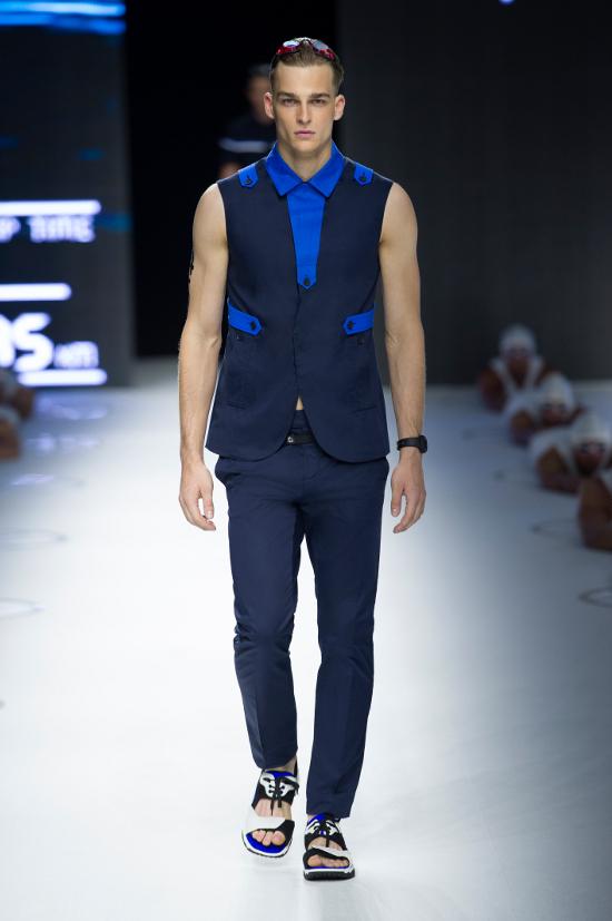 Dirk Bikkembergs Sport Couture Summer 2015_7